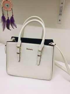 [CLEARANCE] Daphne Sling Bag