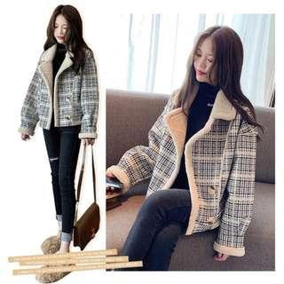 🚚 韓版復古格纹短外套