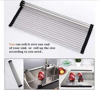 Roll up sink tray