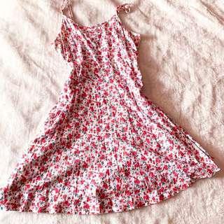 🚚 Factorie Floral Dress