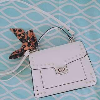 Preloved Stradivarius White Satchel Bag