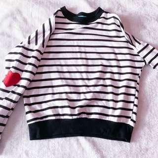 🚚 Striped Heart Pullover
