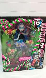 Monster high Sweet Screams Ghoulia - collectors item
