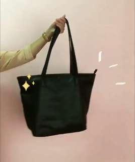 Medium Black Tote Bag