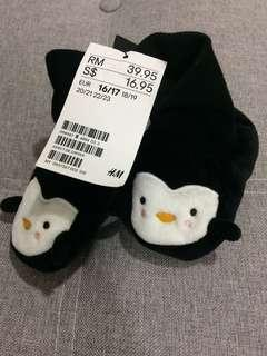 H&M penguin soft shoes  eur16/17