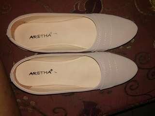 Flatshoes grey murah