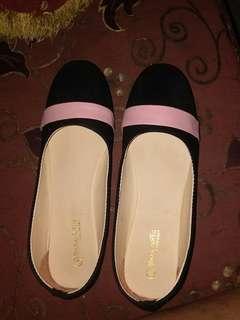 Flatshoes hitam murah