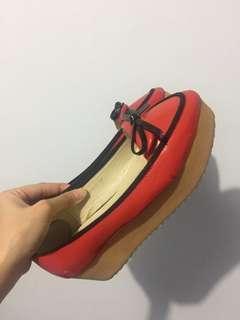 Sepatu Flatform