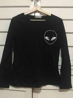 Women's long sleeve black alien top