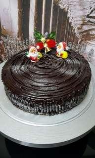 """Christmas Stump Cake 8"""""""