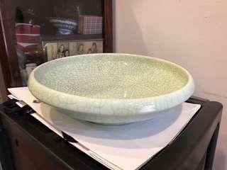 large celadon bowl with crackle Glaze