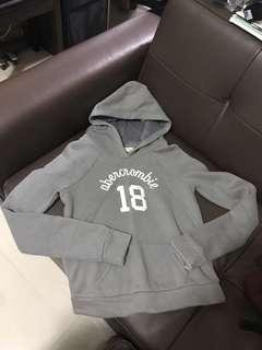 A&F sweater top hoodie CS