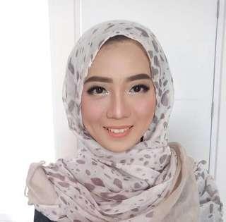 MUA Tangerang Makeup wisuda kondangan