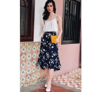 🚚 BN FM Hayes Asymmetrical Skirt in Navy