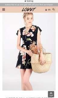 🚚 LOVET floral wrap dress