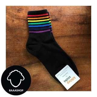 High ankle socks