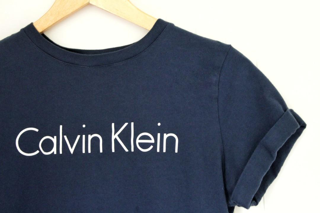 AUTHENTIC CALVIN KLEIN • NAVY BLUE TEE