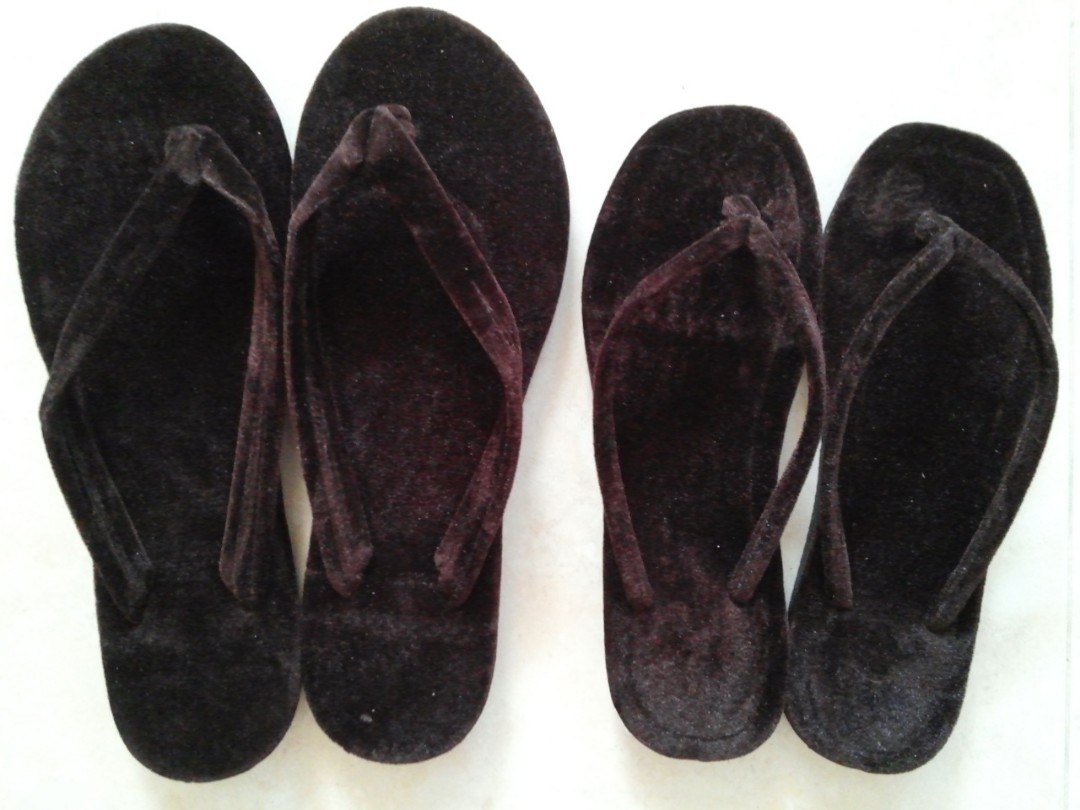 abd1a2aa7e07 Brand new Myanmar Slippers
