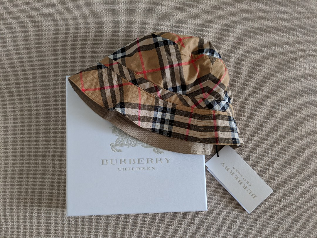 1036bef2 Burberry Children House Check Bucket Hat, Luxury, Accessories, Others on  Carousell