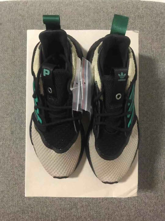 online store d6182 732cd EQT 9118 PACKER, Mens Fashion, Footwear, Sneakers on Carouse