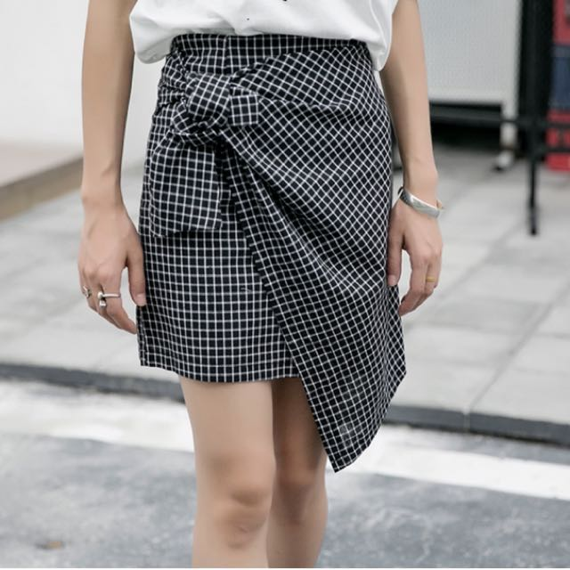 500780366416 High waist Checked skirt, Women's Fashion, Clothes, Dresses & Skirts ...