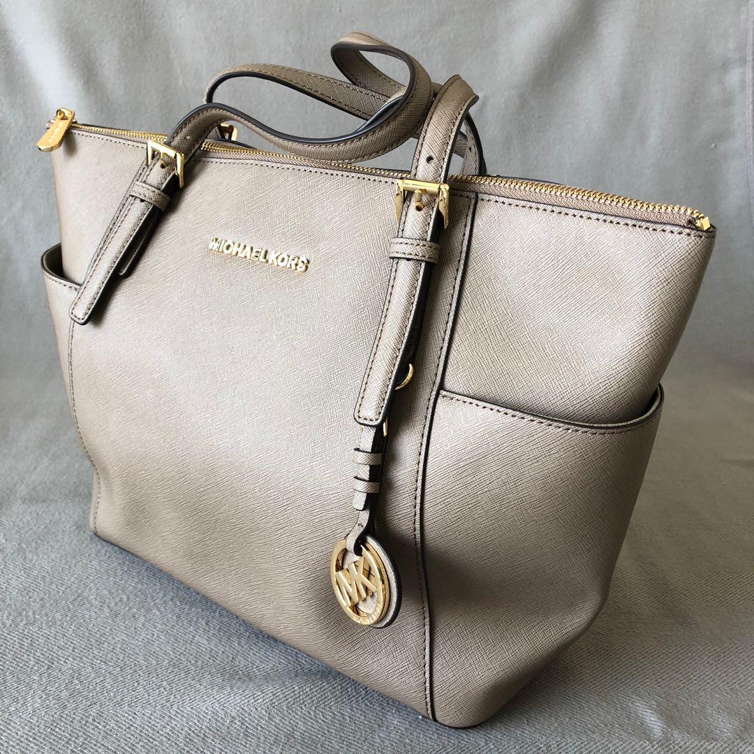 09aa4b9a0d Michael Kors Jet Set Tote, Women's Fashion, Bags & Wallets, Handbags ...