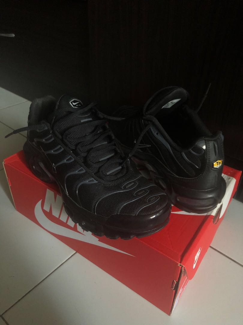 competitive price 92bbb 6c171 Nike Air Max Premium , Men's Fashion, Footwear, Sneakers on Carousell