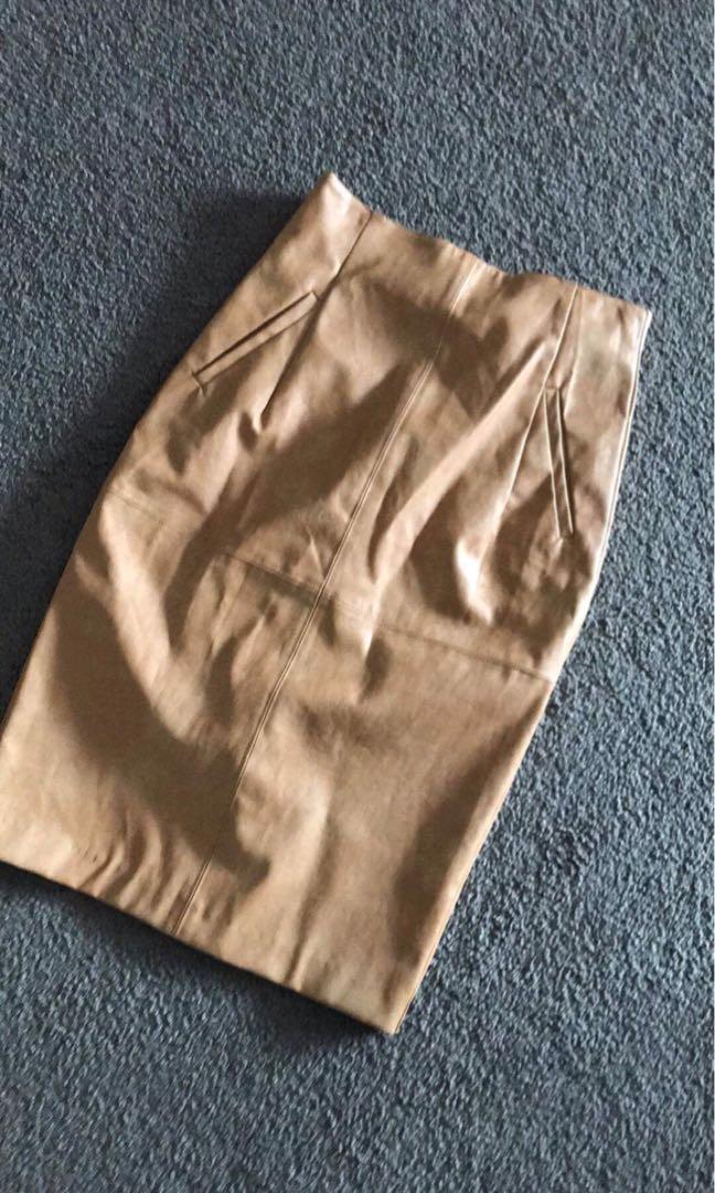 Shieke highwaisted leatherette skirt sz 8
