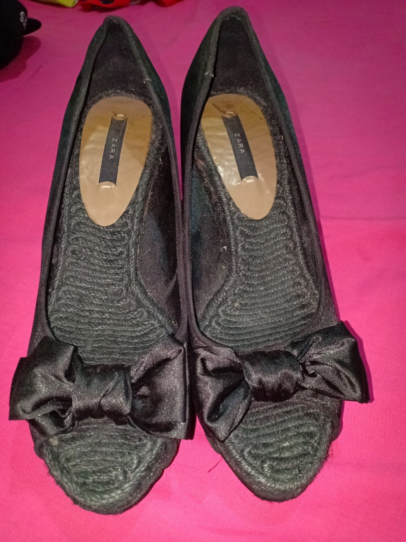 a38dd98bbe8 Zara wedge shoes ribbon