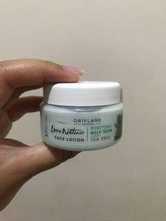 Oriflame face lotion - tea tree