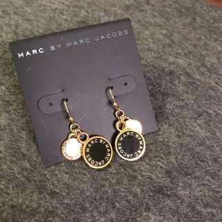 Marc by Marc Jacobs Earrings 黑色金邊吊衣環