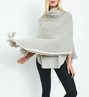 Roots Cabin Poncho - one size