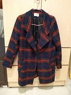 🚚 秋冬紅格紋中長版外套