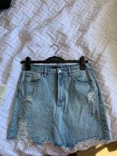Distressed Glassons skirt