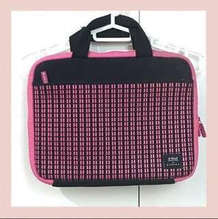 Uniea chic Laptop Bag