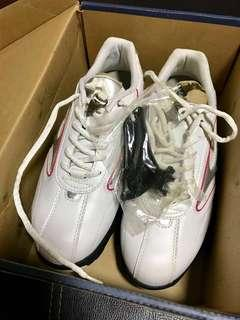 BRAND NEW - 'Mizuno' Branded Lady's Golf Shoes