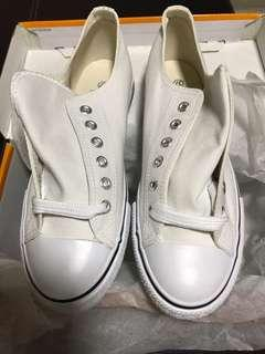 BRAND NEW - Checkers Branded Women's Leisure Shoe