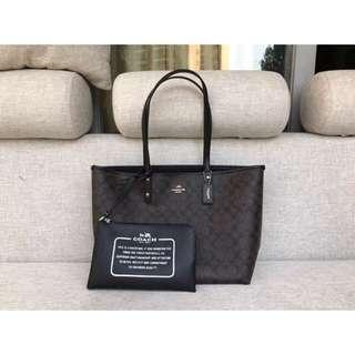 AUTHENTIC COACH RIVERSIBLE CITY TOTE IN SIGNATURE CANVAS  (F36658)