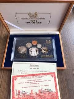 N146 - Singapore 1983 Proof Coin Set