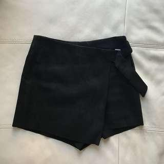 Suede shorts & skirt size S (4-6)