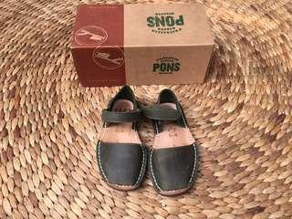 Avarcas Pons For Kids Size 25 - Preloved - VGUC