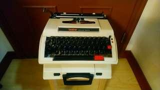 Brother 古舊打字機