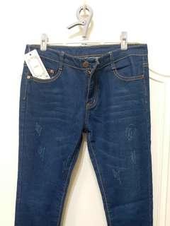 🚚 全新牛仔褲 / 窄管牛仔褲