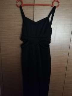 Sexy long Black Dress(show off ur beautiful knees)