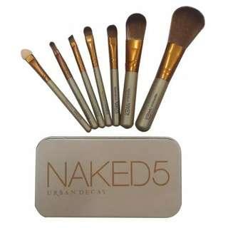Brush set naked