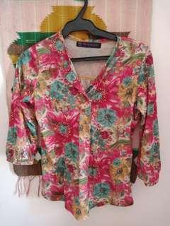 3/4 in floral tops