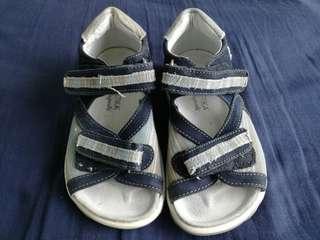 Boys shoes, size 29-30