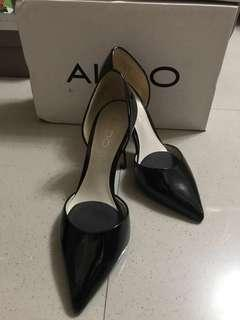 (REPRICED!)Preloved ALDO Black Patent Leather Heels