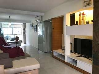 Clementi MRT. Renovated unit. Corner. High floor. Renovated. Fully Furnish