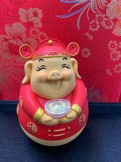 Fortune Pig Tumbler Display